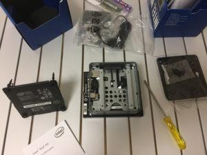 IntelのNUC6CAYHにCentOS7をインストールしてみた~ハマりどころアリ2