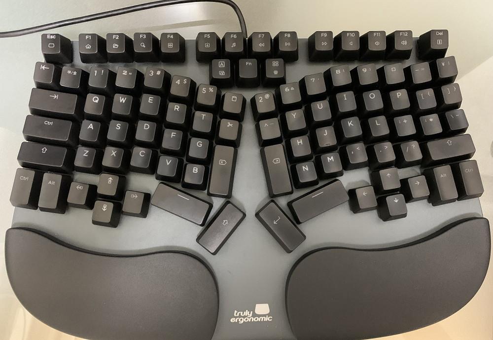 Truly Ergonomic KeyboardのCLEAVEがようやく届いたのでレビューしてみる7