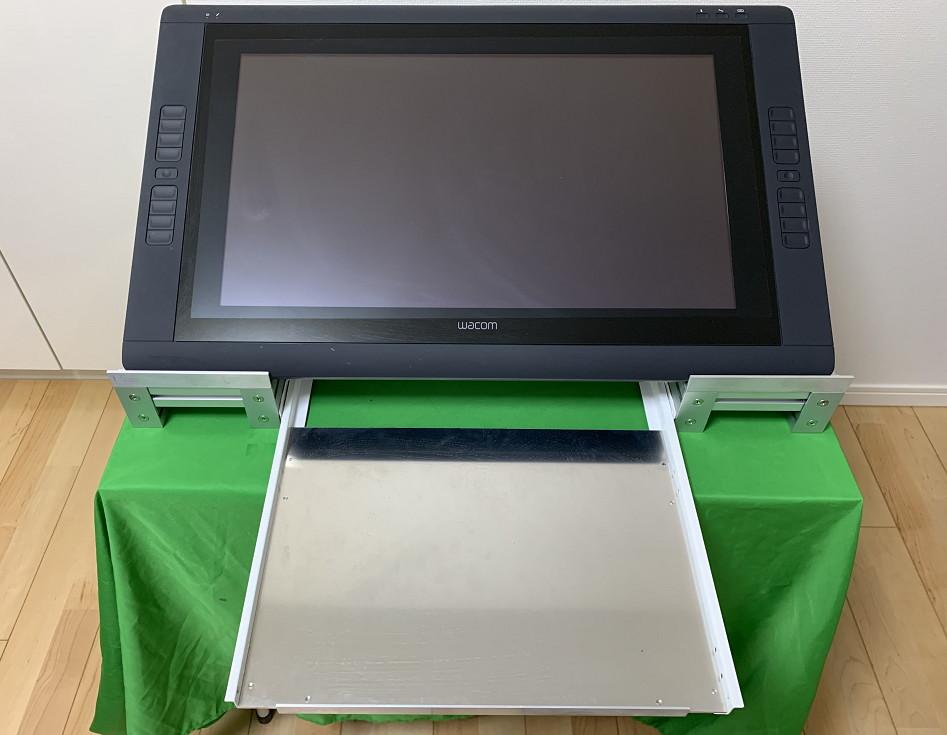 アルミフレームとスライドレールでキーボードと共存するタブレット台を作ってみた2