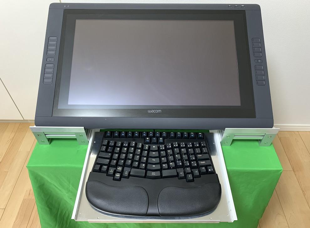 アルミフレームとスライドレールでキーボードと共存するタブレット台を作ってみた1